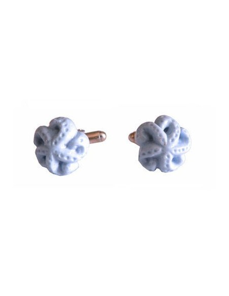 Light blu starfish-shaped cufflinks